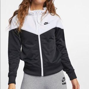 NIKE Women's Sportswear Zipup Hoodie